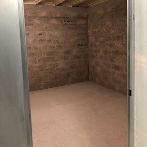 Box de 11 m² vide